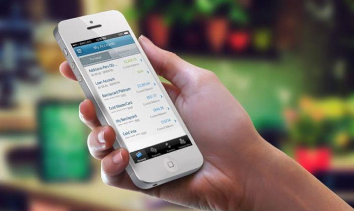 Τράπεζες: Στο web και mobile banking στρέφονται οι Έλληνες