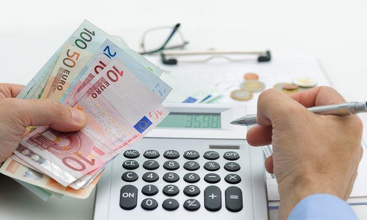 Μας εμφανίζουν να χρωστάμε… ένα ΑΕΠ στην εφορία