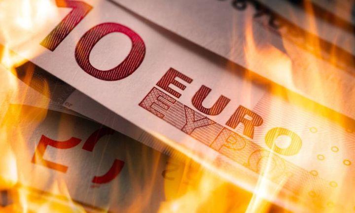 """Τα """"κόκκινα δάνεια"""" καίνε τις αποδόσεις των ελληνικών ομολόγων"""