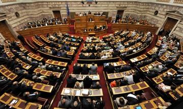 Μέτρα... 4ετίας φέρνει στη Βουλή η κυβέρνηση