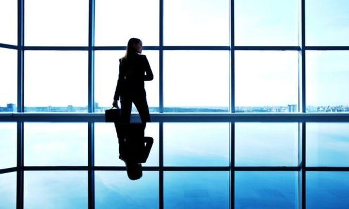 «Άρωμα» γυναίκας στο «τιμόνι» των επιχειρήσεων - Τι δείχνει έρευνα