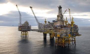 Ξεκινούν έρευνες υδρογονανθράκων σε πέντε νέα θαλάσσια οικόπεδα