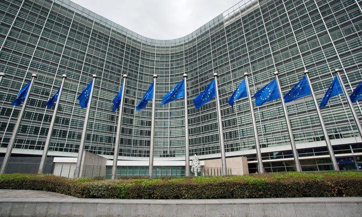 «Καμπάνες» από Κομισιόν για τις δικαστικές διεκδικήσεις των συνταξιούχων