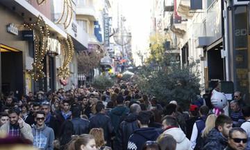 Πόσο χρόνο ξοδεύουν οι Έλληνες στα ψώνια (γράφημα)