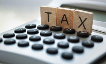 Ιδού ο… λογαριασμός μέχρι την Πρωτοχρονιά: 10 δισ. ευρώ σε φόρους