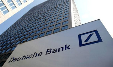 H έφοδος της αστυνομίας στη Deutsche Bank για ξέπλυμα χρήματος