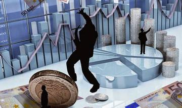 Κατασχέσεις και φόροι «ροκανίζουν» τις καταθέσεις - Τι πρέπει να κάνετε