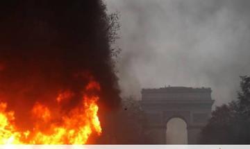Γαλλία: Αναβάλλεται για 6 μήνες η αύξηση της φορολογίας στα καύσιμα