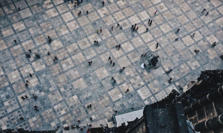 Στο ΦΕΚ η απόφαση για τα κριτήρια διανομής του κοινωνικού μερίσματος και τους δικαιούχους