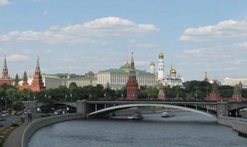 """Επιχείρηση """"λιώσιμο πάγων"""" στη Μόσχα"""