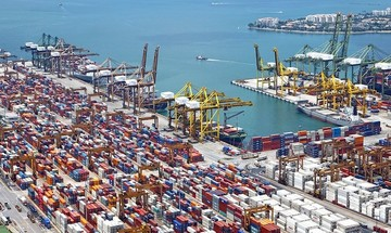 Μικρή μείωση στο εμπορικό έλλειμμα τον Οκτώβριο, αύξηση 1,4% στο 10μηνο