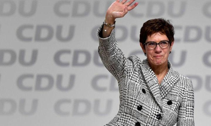 Η  Άνεγκρετ Κραμπ-Κάρενμπαουερ στο τιμόνι των Γερμανών Χριστιανοδημοκρατών