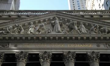 """Οι """"αρκούδες"""" γύρισαν στην Wall Street"""