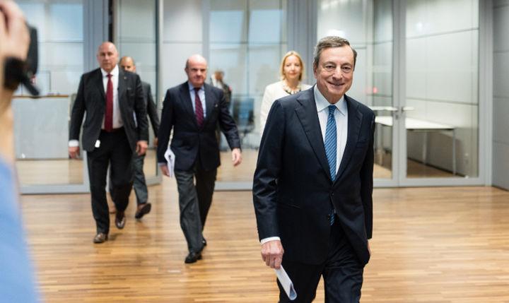Τέλος στην ποσοτική χαλάρωση έβαλε η ΕΚΤ
