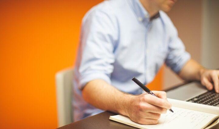 Δύο προγράμματα του ΕΣΠΑ για μικρές επιχειρήσεις
