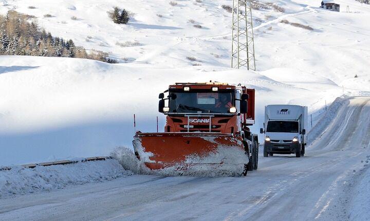 Ποιοι δρόμοι είναι κλειστοί εξαιτίας του χιονιά