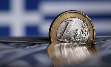 Σε περίοδο αναμονής η οικονομία λέει ο ΙΟΒΕ