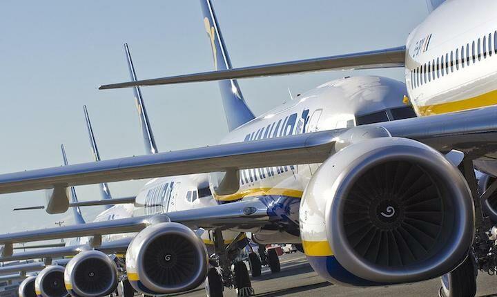 Ζημιές για την Ryanair - Αναμένει χαμηλές τιμές στα εισιτήρια