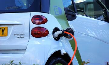 Ετσι θα μπουν τα ηλεκτρικά αυτοκίνητα στην... πρίζα