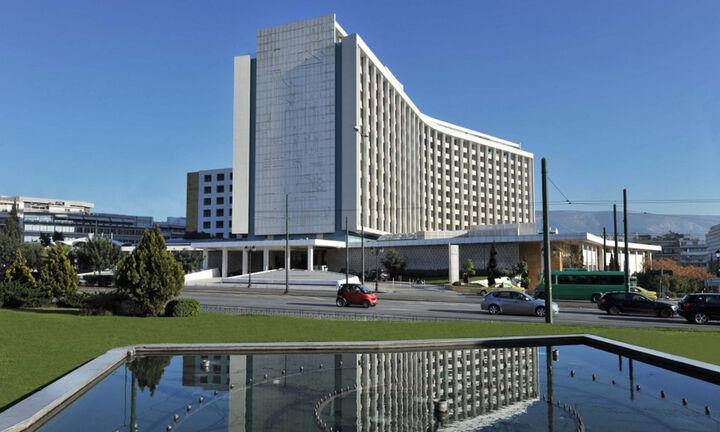 Η ΤΕΜΕΣ εξαγόρασε το Hilton Αθηνών
