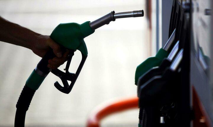 Σκαρφαλώνει η τιμή της βενζίνης