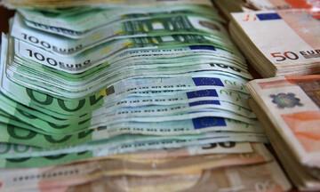 Τι σημαίνουν τα μέτρα Τσίπρα για την τσέπη μας; Η ερμηνεία για όλες τις ανακοινώσεις με παραδείγματα