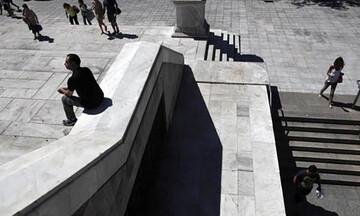 Το ελληνικό νοικοκυριό έχασε το 42% του εισοδήματός του