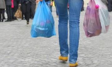Πλαστικές σακούλες: Γιατί απέτυχε το περιβαλλοντικό τέλος