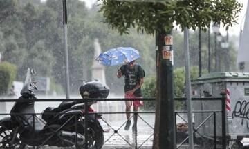 Κακοκαιρία «ΑΝΤΙΝΟΟΣ»: Ισχυρές βροχές και καταιγίδες έως την Τετάρτη- Xάρτες