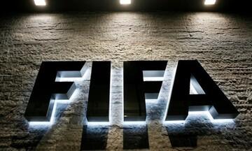 Η FIFA κάνει «τράπεζα» για να «ελέγχει» τις μετεγγραφές