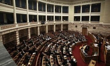 Μείωση επιτοκίου στη ρύθμιση για τις ασφαλιστικές εισφορές, με ν/σ στη Βουλή