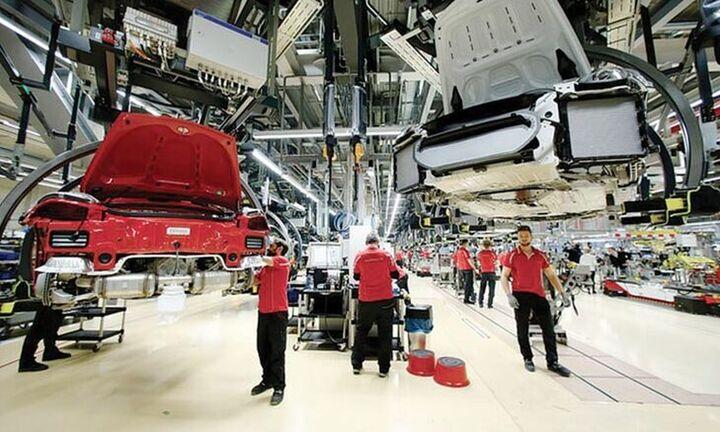 """""""Tρομάζουν"""" τα στοιχεία για τη βιομηχανική παραγωγή: Φόβοι για ύφεση στη Γερμανία"""