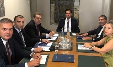 Γεωργιάδης: Συνάντηση με την ΕΕΤ για τις μικρομεσαίες επιχειρήσεις