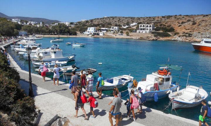 Πόσα διέθεσαν για τις διακοπές τους οι Ευρωπαίοι-«Εντός των τειχών» οι Ελληνες