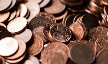 Περισσότερες συναλλαγές με κάρτες για το αφορολόγητο