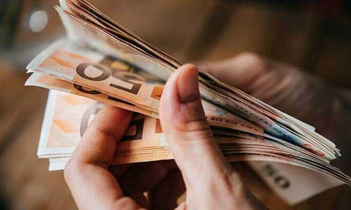 Σε διατροφή και στέγαση «φεύγει» το εισόδημα των ελληνικών νοικοκυριών