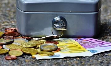 Πλεόνασμα σχεδόν 2 δισ. στο ισοζύγιο τρεχουσών συναλλαγών