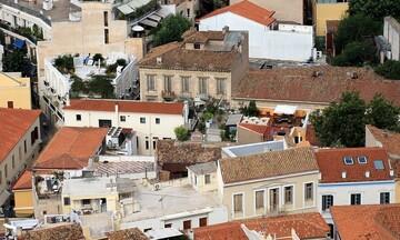Μητσοτάκης: Αναστολή ΦΠΑ στην οικοδομή και κλήση στους τραπεζίτες για τις χρεώσεις