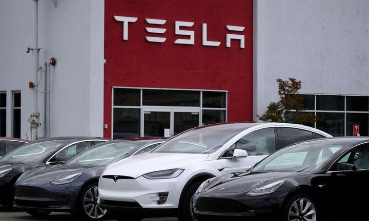 Tesla:  Έως και 10.000 θέσεις εργασίας από το νέο εργοστάσιο στη Γερμανία