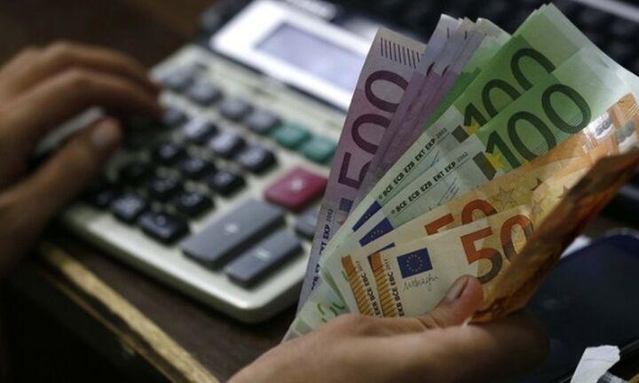 Τόκους 800 εκατ. ευρώ κατέβαλε το Δημόσιο για τα ρέπος
