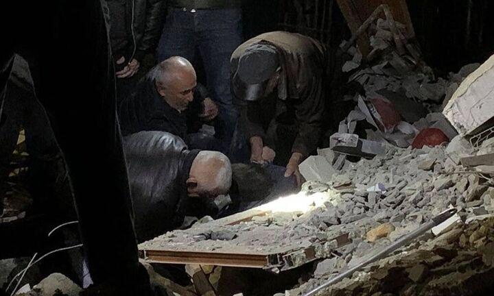 Νεκροί και τραυματίες από ισχυρό σεισμό στην Αλβανία