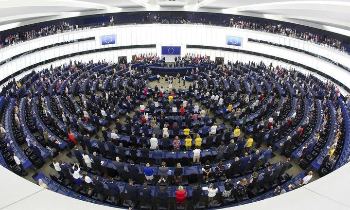 Στήριξη των παραγωγών για τους δασμούς των ΗΠΑ ζητά το Ευρωκοινοβούλιο