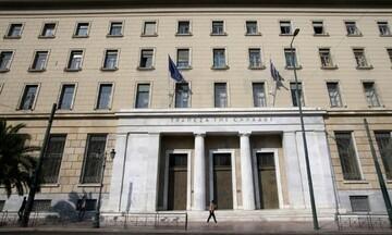 «Καμπανάκι» Στουρνάρα για τις τράπεζες ενόψει stress tests