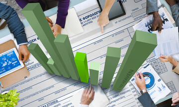 Οφειλές στην εφορία: Πώς θα ρυθμίσετε το χρέος σας, πώς θα προστατέψετε τον λογαριασμό σας