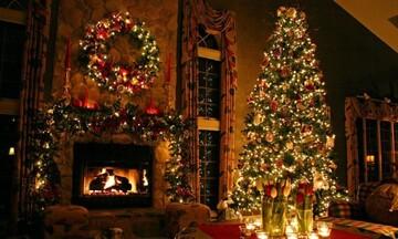 Ασφαλές χριστουγεννιάτικο δέντρο: Μεγάλη προσοχή στα λαμπιόνια