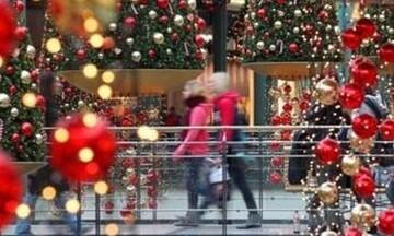 Πότε θα είναι ανοιχτά τα καταστήματα για τα τελευταία ψώνια της χρονιάς