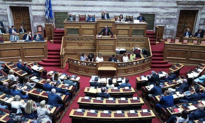 Υπερψηφίστηκε επί της αρχής το νομοσχέδιο για τα υδατοδρόμια