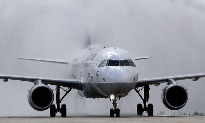 Ισχυροί νοτιάδες εμπόδισαν αεροσκάφος να προσγειωθεί στο αεροδρόμιο Ηρακλείου