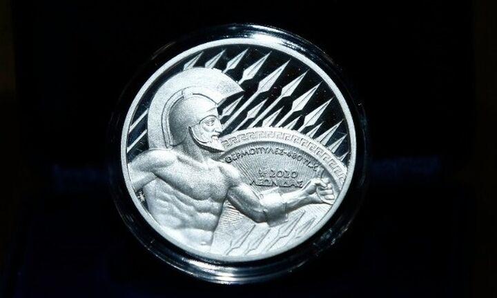 Στουρνάρας και Σταϊκούρας στην παρουσίαση του Νομισματικού Προγράμματος 2020