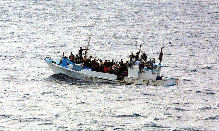 Ανταποδοτικά τέλη 9,5 εκατ. για το μεταναστευτικό σε 36 Δήμους